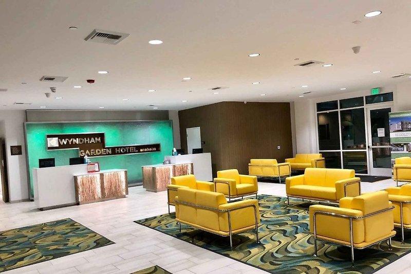Wyndham Garden Anaheim  Lounge/Empfang