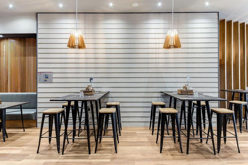 Swiss-Belhotel Brisbane Bar