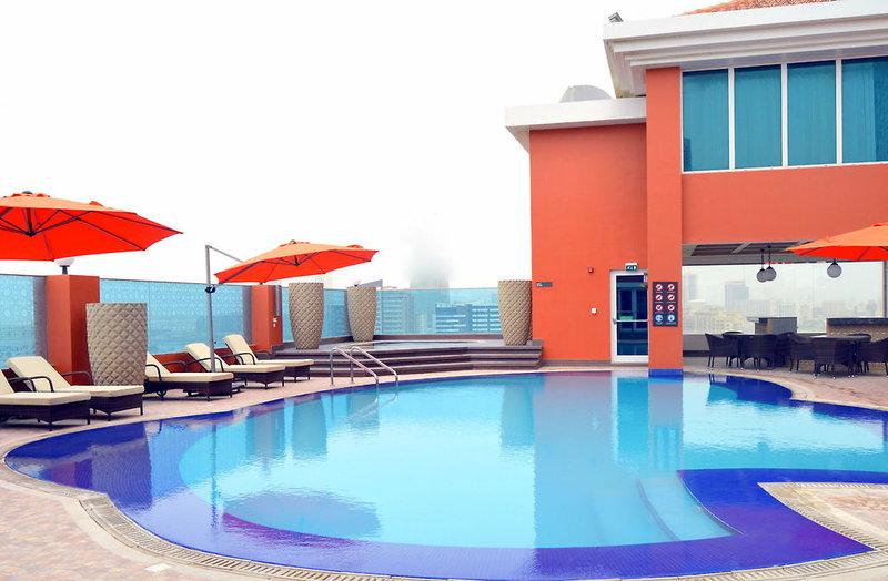 Ramada Manama City Centre Pool