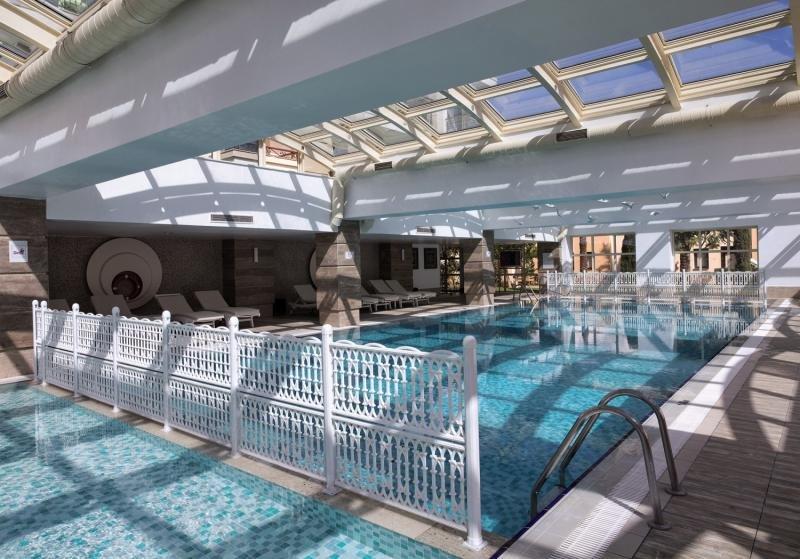 Alva Donna Exclusive Hotel & SpaHallenbad