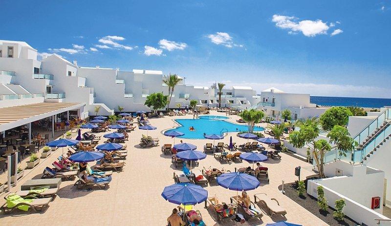 Lanzarote VillageAuߟenaufnahme