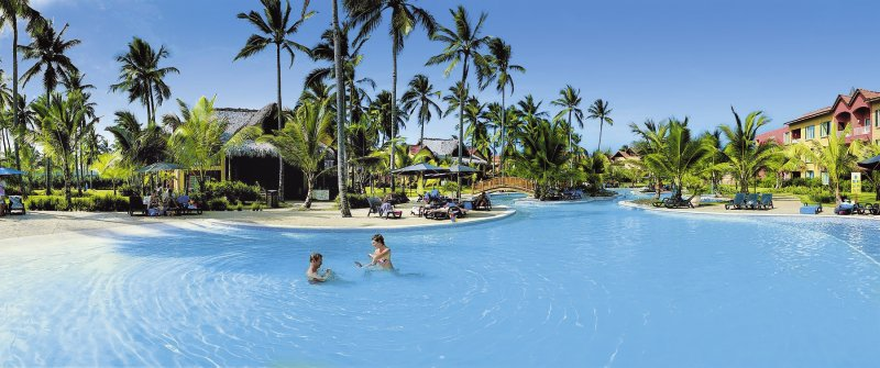 Tropical Princess Beach Resort & SpaPool