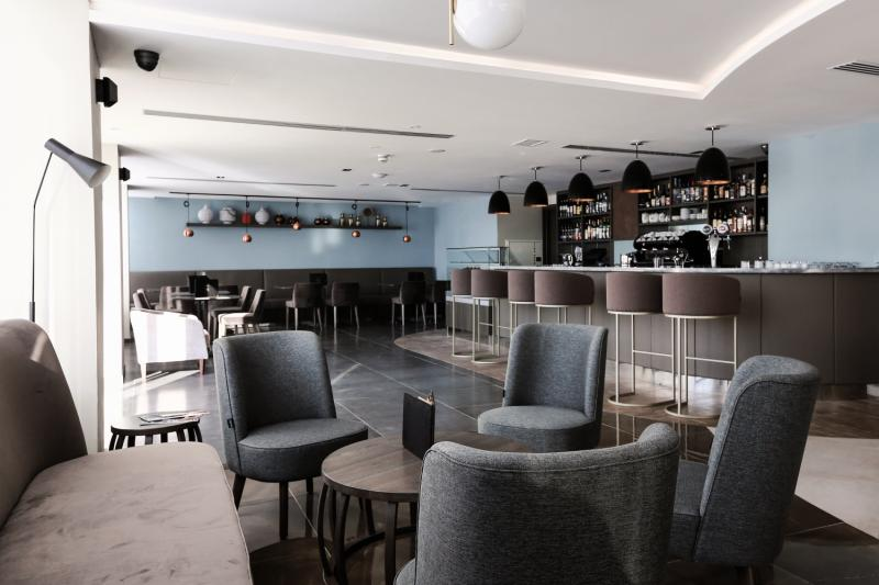 The WaterfrontBar