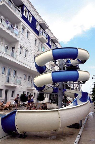 Sealife Family ResortBar