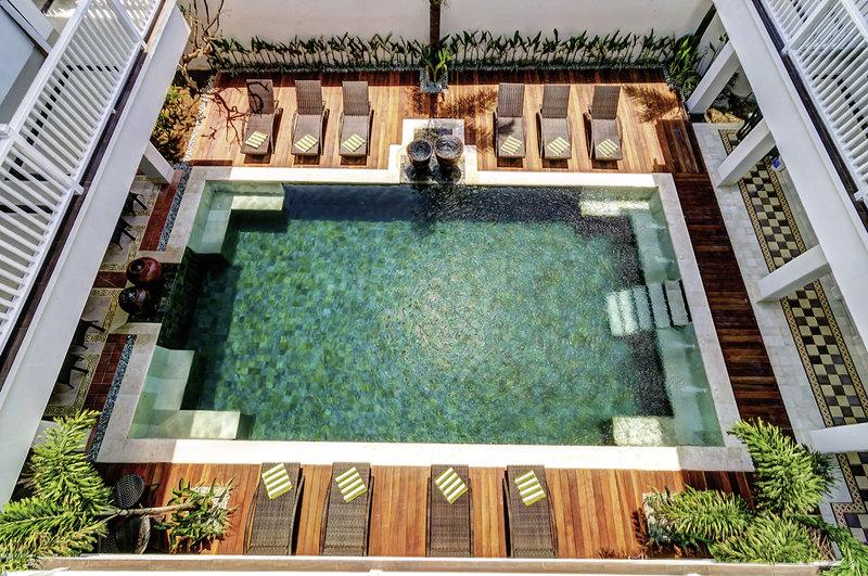 Samsara Inn Hotel Pool