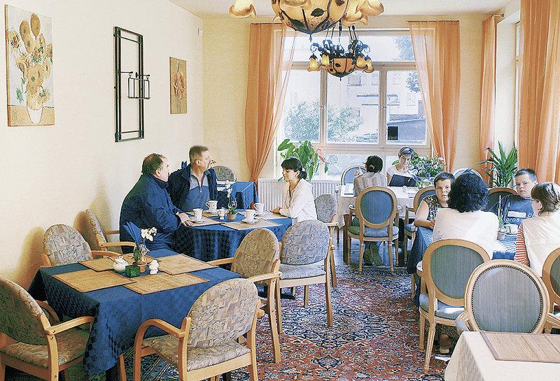 Villa Kunterbunt Restaurant