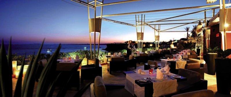 Reef Oasis Beach Resort Restaurant
