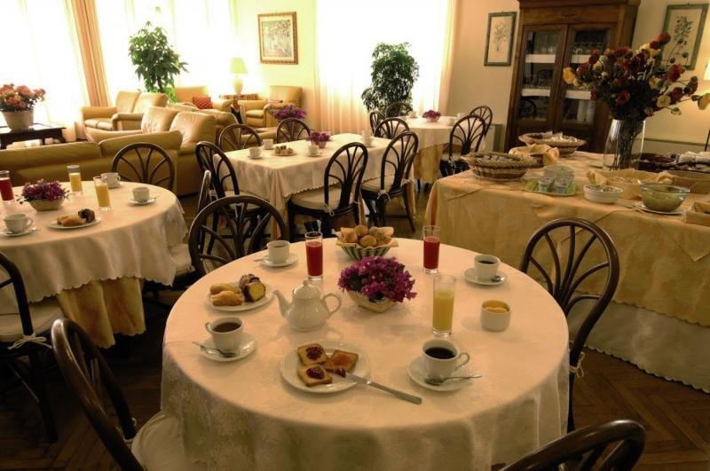 Eden Riviera Frühstücksraum