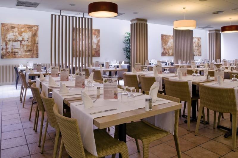 Sumus Hotel Stella & Spa Restaurant