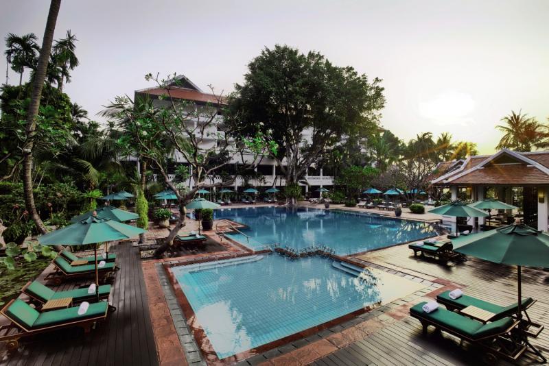 Anantara Riverside Bangkok Resort Pool
