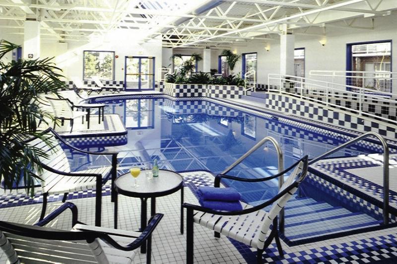 Delta Hotels by Marriott Halifax Pool