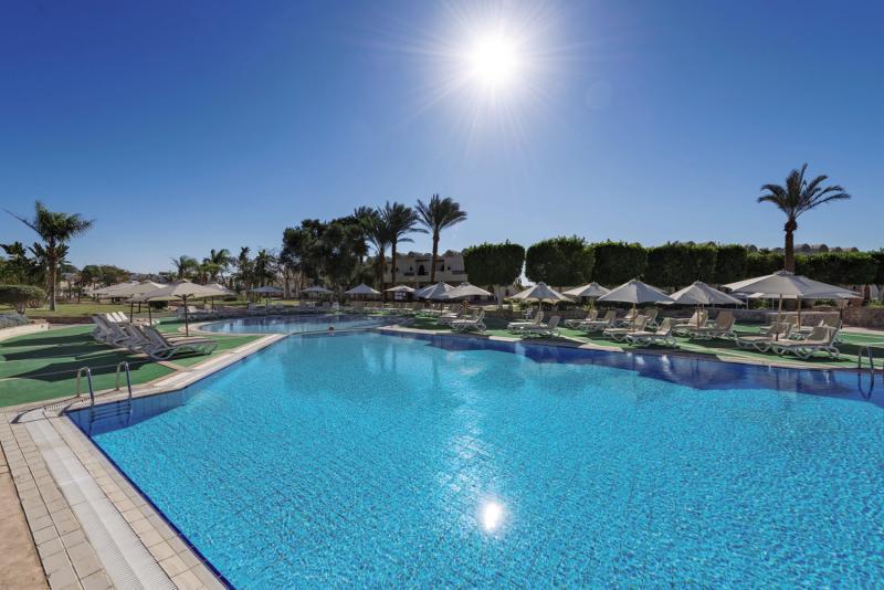 Reef Oasis Beach Resort Pool