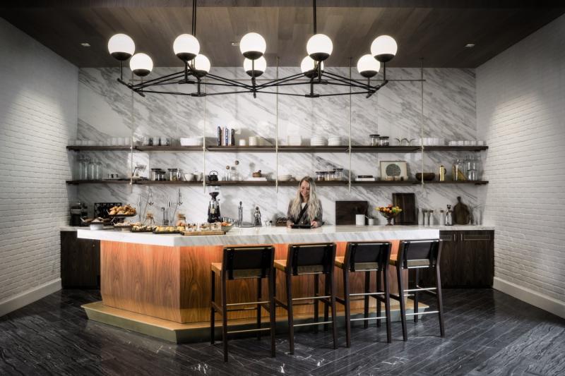 Halcyon Hotel Cherry Creek Bar