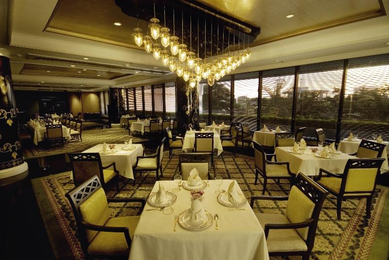 Dusit Thani Manila Restaurant