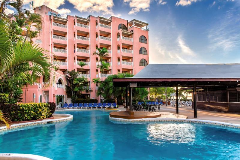 Barbados Beach Club Pool