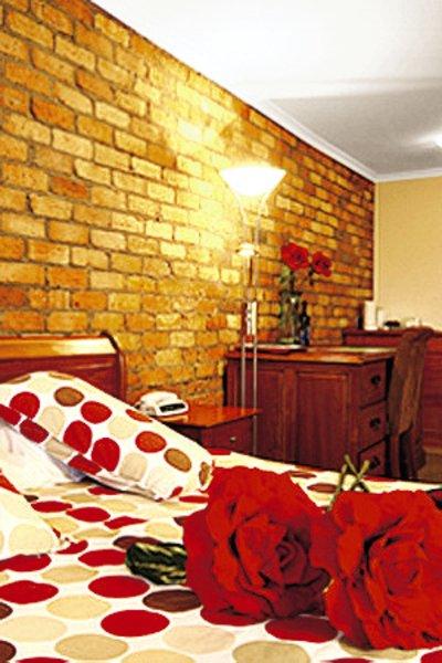 Best Western Tudor Motor Inn & Apartments Restaurant