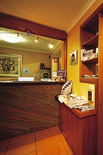 Best Western Tudor Motor Inn & Apartments Lounge/Empfang