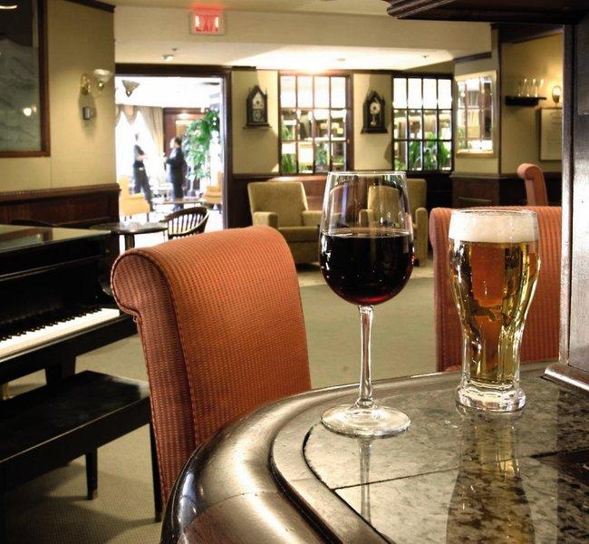 Delta Hotels by Marriott Halifax Bar