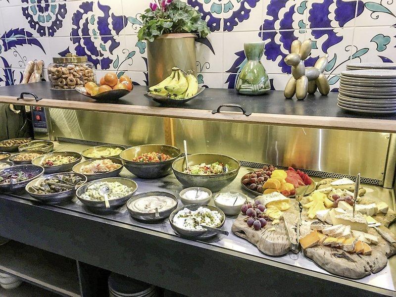 Bezalel Hotel Restaurant