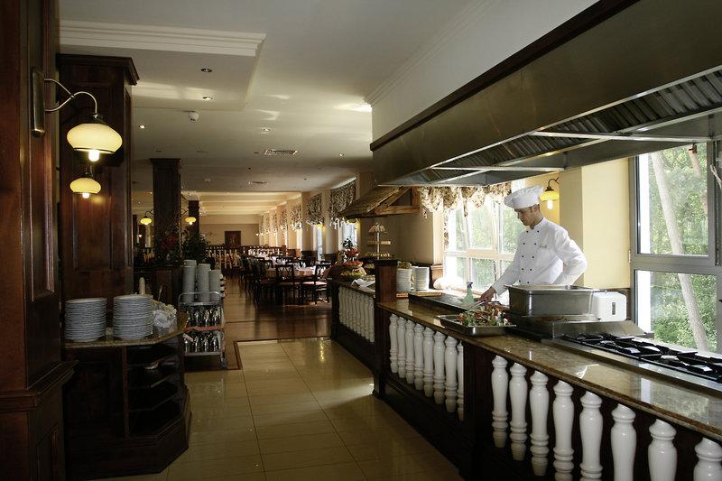 Sandra & Spa Restaurant