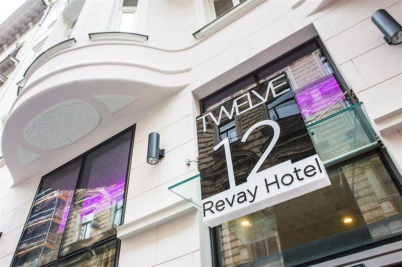 12 Revay Hotel Außenaufnahme