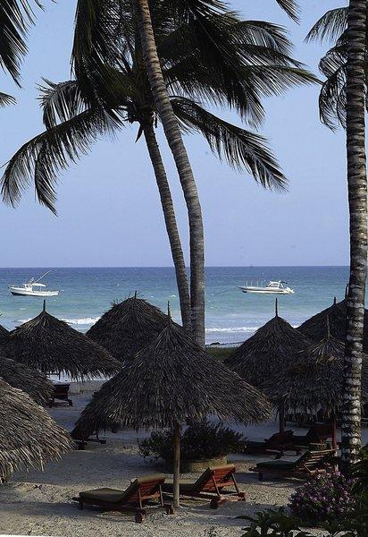 Pinewood Beach Resort & Spa Strand