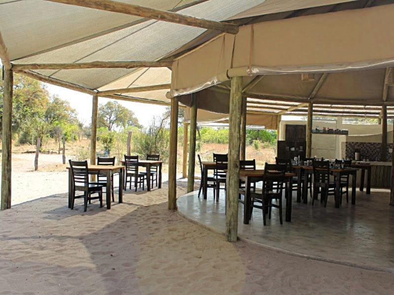 Khwai Guest House Restaurant
