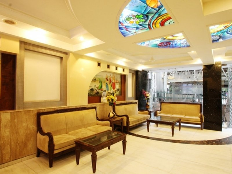 Hotel Chanchal Deluxe Lounge/Empfang