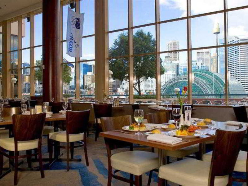 Novotel Sydney Darling Harbour Restaurant