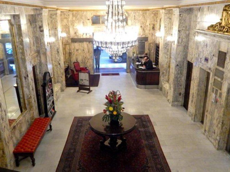 Hotel Ok Lounge/Empfang