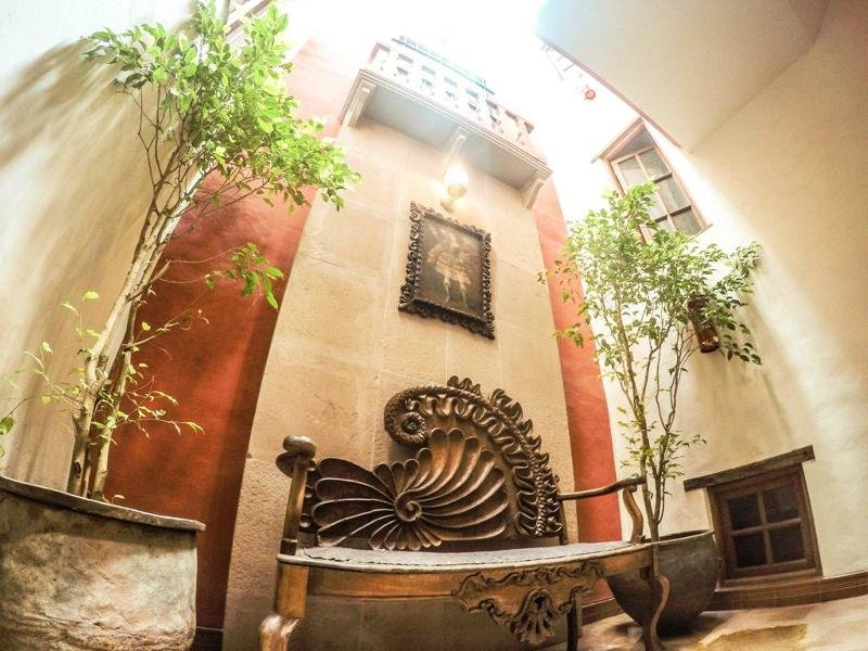 Monasterio Lounge/Empfang