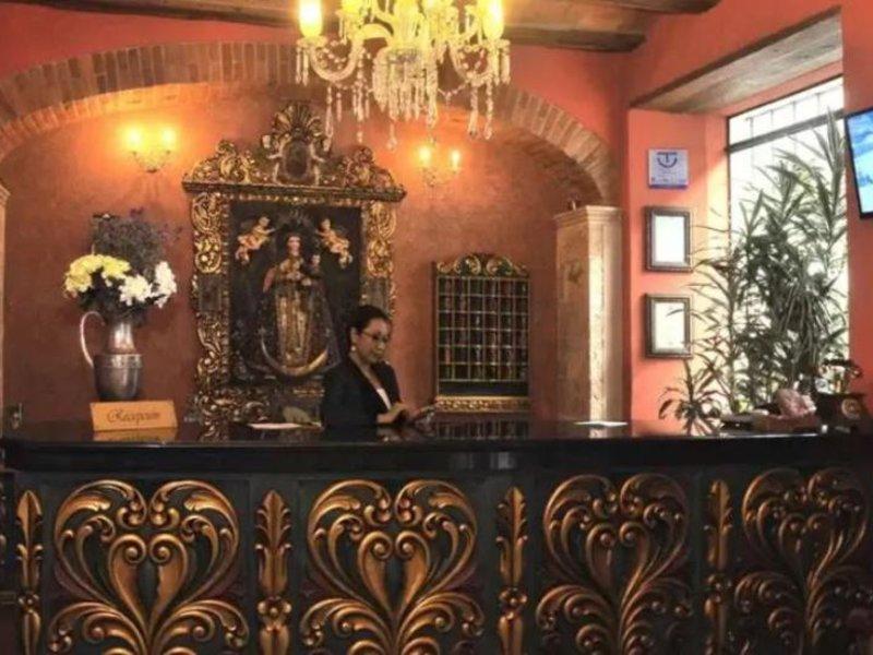Monasterio Bar