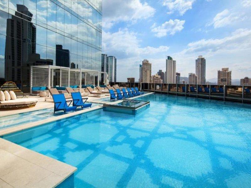 W Panama Pool