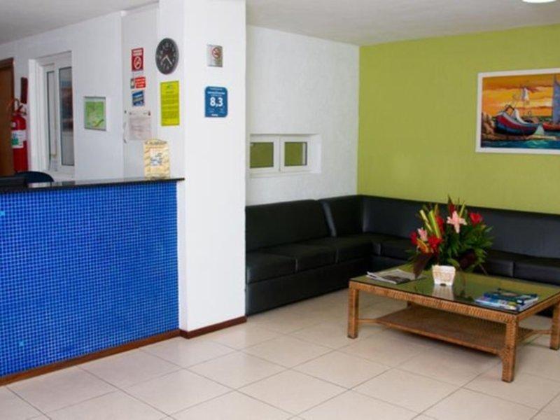 Saint Patrick Praia Hotel Lounge/Empfang