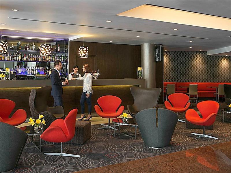 Novotel Sydney Parramatta Bar