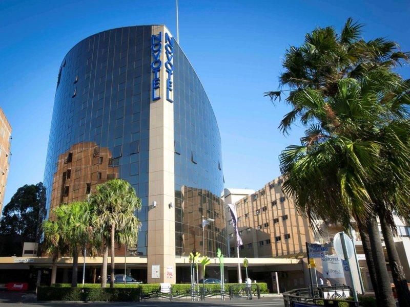 Novotel Sydney Parramatta Außenaufnahme