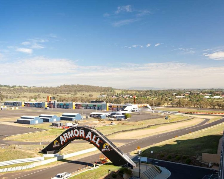 Rydges Mount Panorama Bathurst Strand