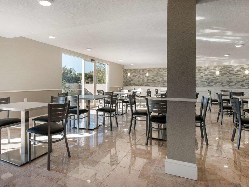 Palazzo Lakeside Hotel Kissimmee Restaurant