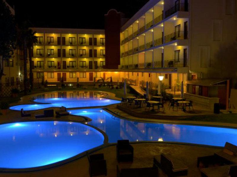 Gran Hotel Cochabamba Pool