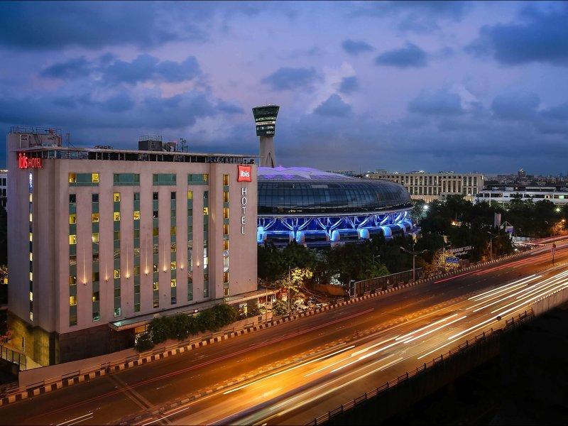 ibis Mumbai Airport Außenaufnahme
