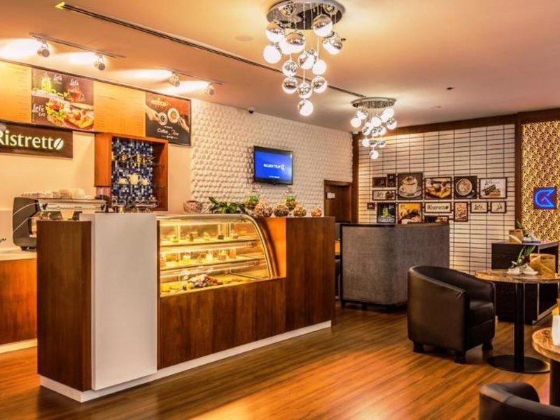 Golden Tulip Headington Ruwi Lounge/Empfang