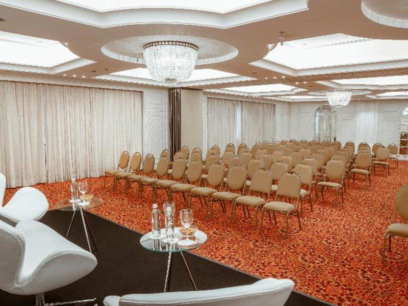 Mercure Grand Hotel Parque Ibirapuera Konferenzraum