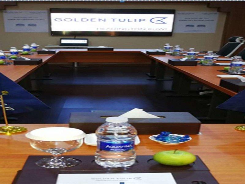 Golden Tulip Headington Ruwi Konferenzraum
