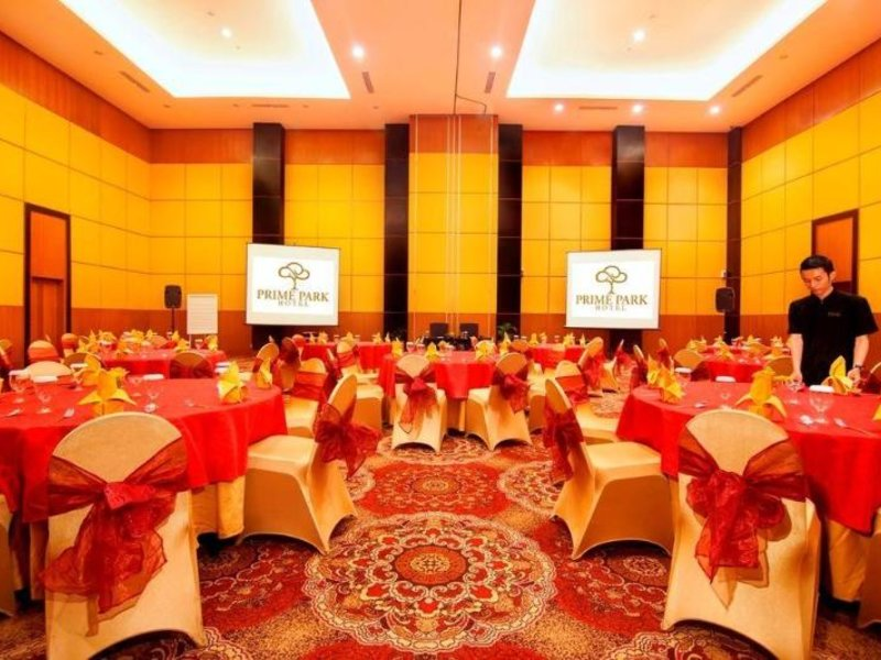 Prime Park Hotel Bandung Restaurant