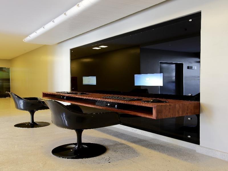 San Marino Suite Bar