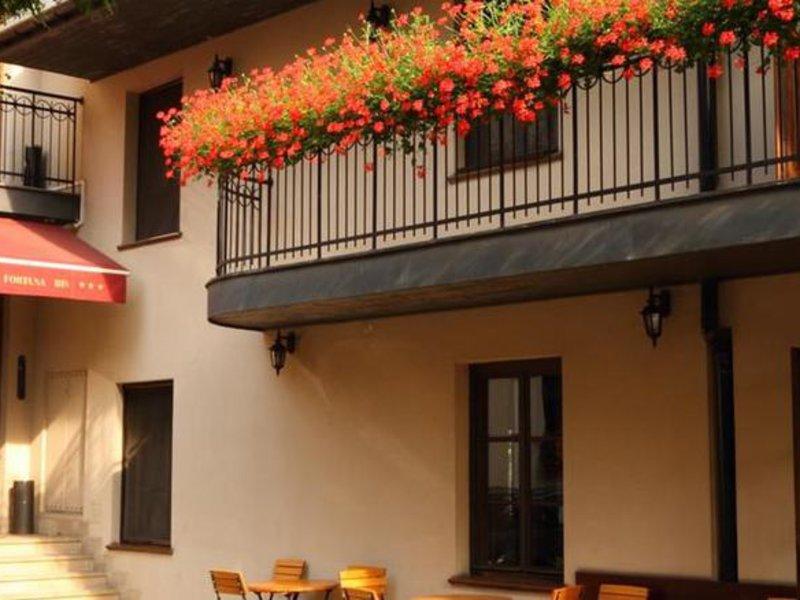 Hotel Fortuna Bis demnächst Nobilton Hotel Terrasse