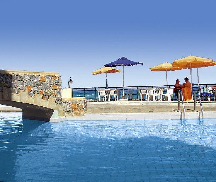 Dedalos Beach Pool