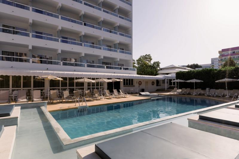 Bellevue Vistanova Pool