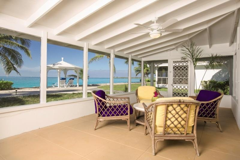 Cape Santa Maria Beach Resort & Villas Lounge/Empfang