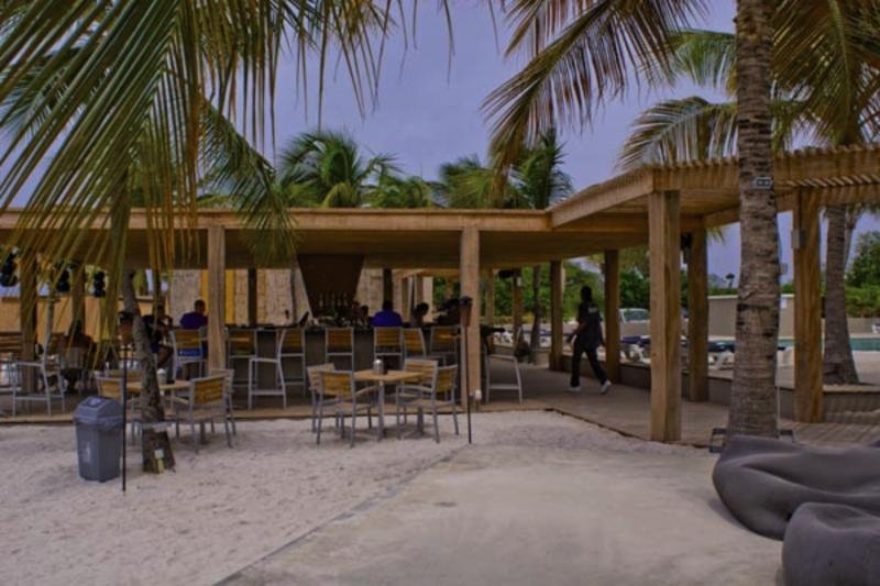 Eden Beach Resort Bar